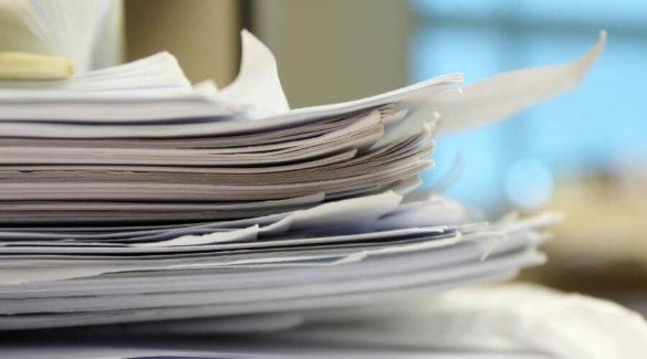 Stapel papieren - In 6 stappen je papieren chaos op orde
