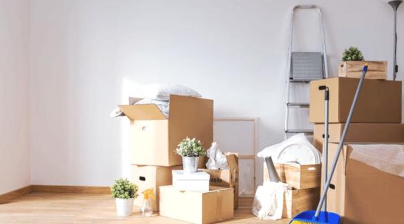 Kamer vol met verhuisdozen - 15 Ultieme verhuistips voor een georganiseerde verhuizing