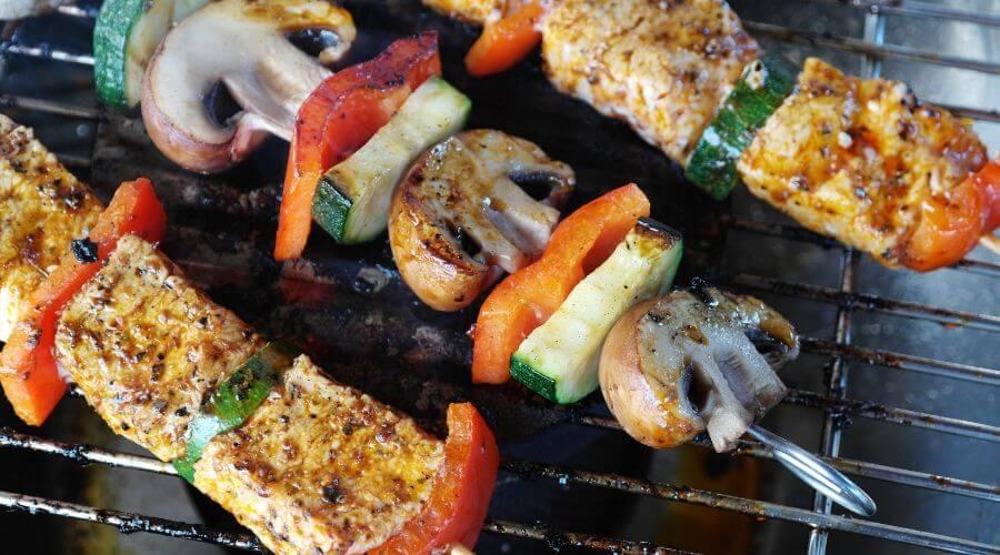 Met deze 'spicy' tips maak je BBQ gerechten minder standaard