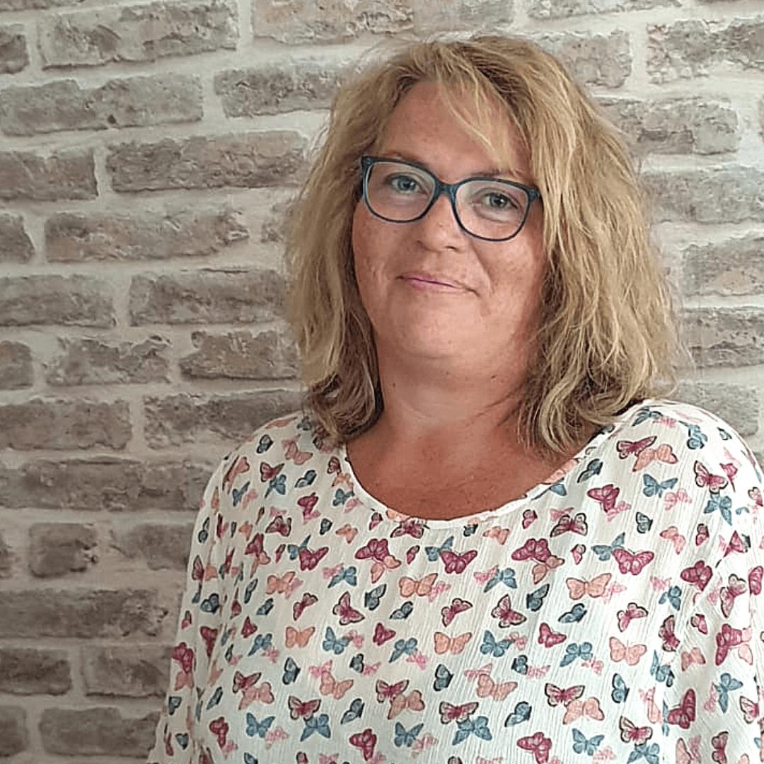 Helga Post - auteur Firma Huishouden