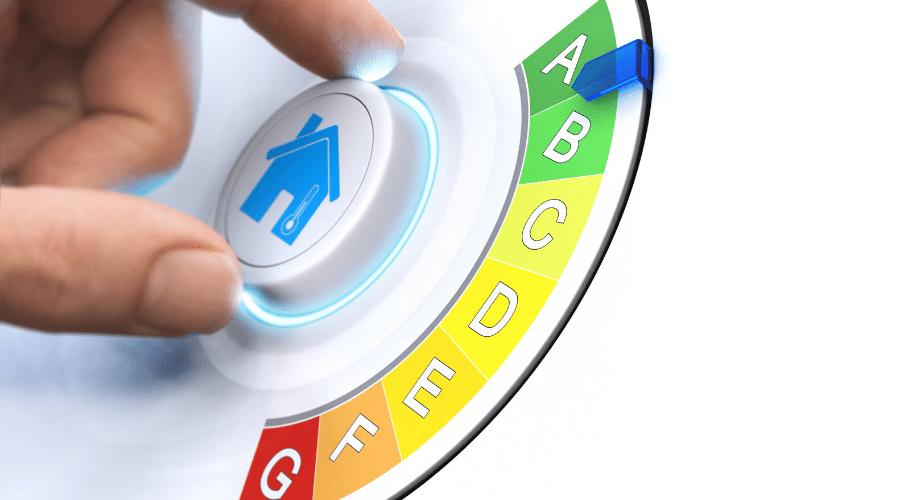 Energielabel en knop met huis erop