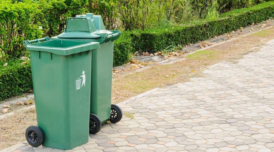 Afvalcontainers schoonmaken en het hele jaar fris houden - wonen